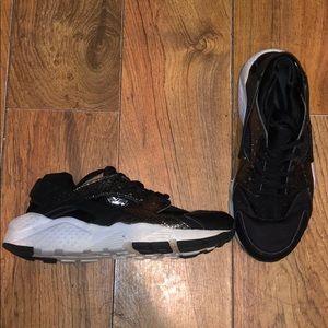 Black Glitter Nike Huaraches
